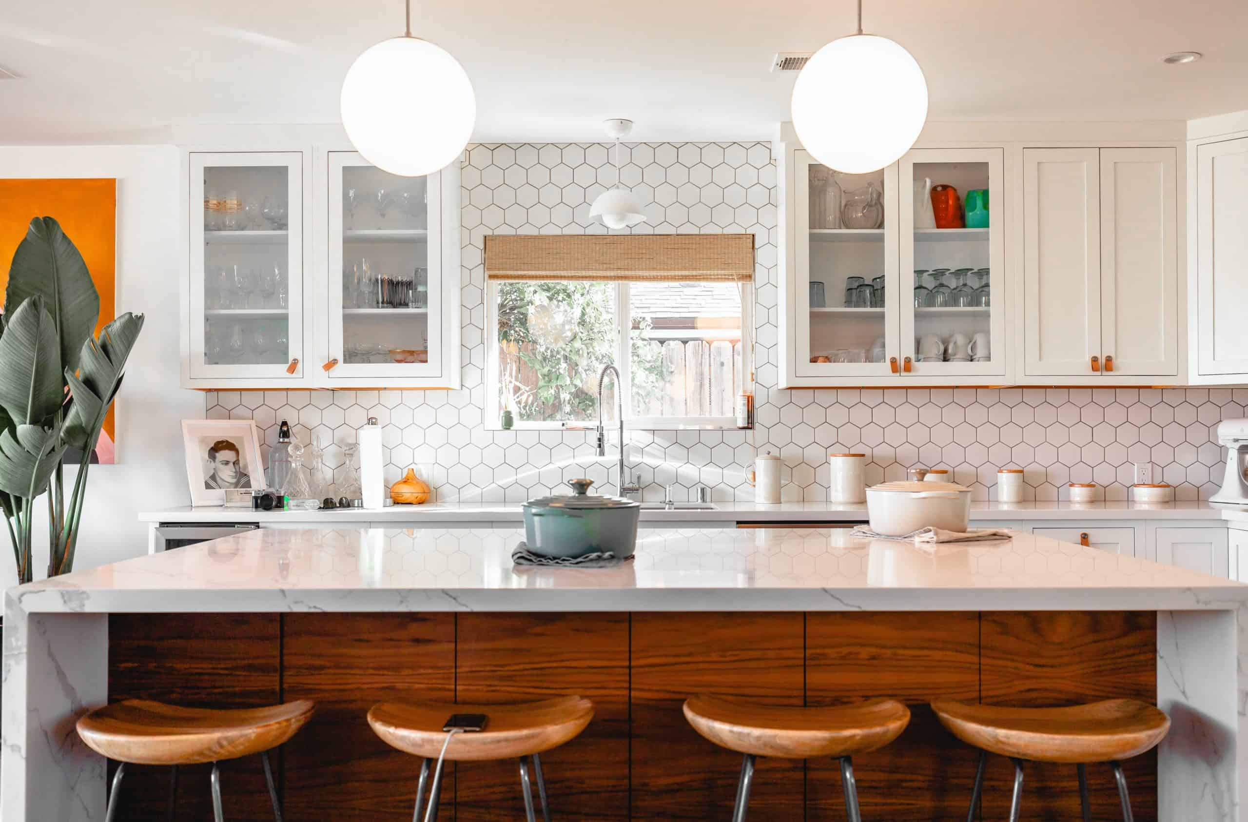 Is Your Knowledge Enough About White Kitchens?