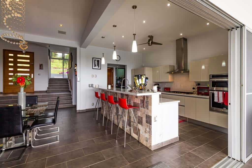 Developing Look With Large Kitchen Tiles